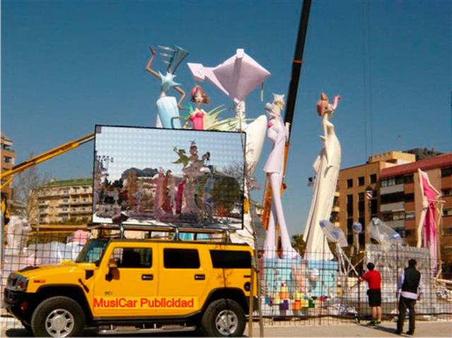 Hummer-Fallas-de-Valencia.jpg